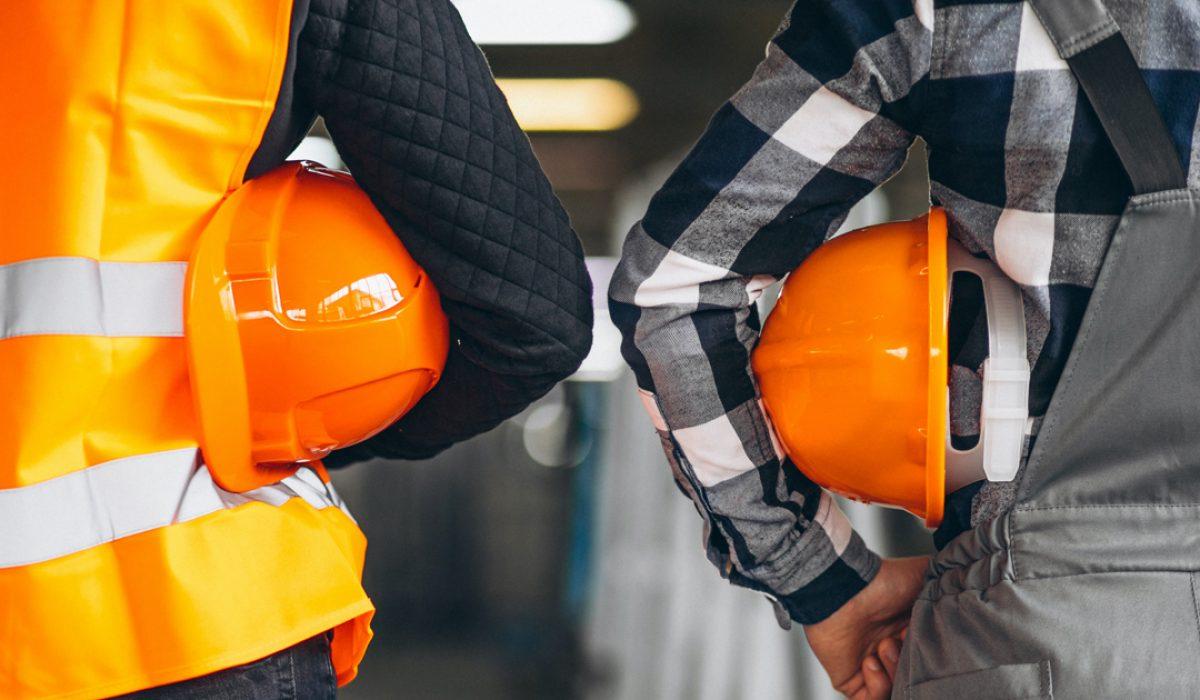 Medidas de seguridad cuando se maneja un remolcador ferroviario