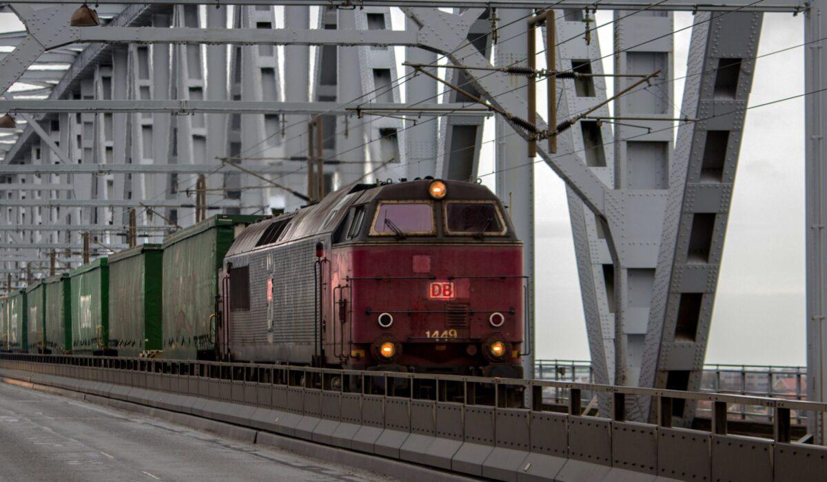 Ingeniería ferroviaria en la industria del transporte